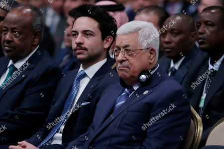 Mahmoud Abbas President of the Palestinian National Authority (C) and the Jordan Crown Prince Al Hussein bin Abdullah II, during the opening  the 17th World Economic Forum on the Middle East and North Africa (WEF), at the Convention Center, Dead Sea, some 50 km southwest of Amman, Jordan, 06 April 2019. The WEF state that the 17th World Economic Forum on the Middle East and North Africa is taking place at the Dead Sea in Jordan on 06 - 07 April, bringing together more than 1,000 leaders of government, business, civil society, faith and academia.