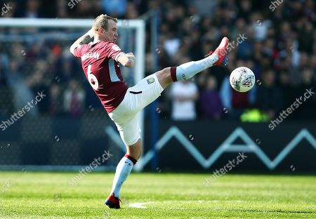 Editorial image of Sheffield Wednesday v Aston Villa, EFL Sky Bet Championship, Football, Hillsborough, Sheffield, UK - 06 Apr 2019