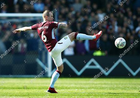 Glenn Whelan of Aston Villa