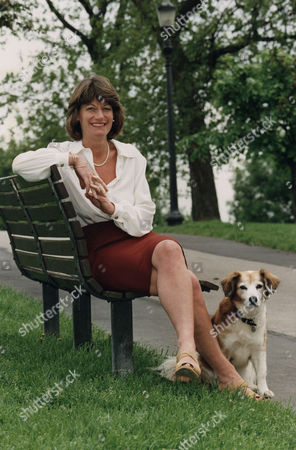 Clare Latimer. Former Downing Street Caterer Clare Latimer Once Accused Of Carrying On An Affair With Former Prime Minister John Major. Latimer Now Claims That She Was Used As A Decoy To Deflect The Press From Discovering John Major's Fling With Edwina Currie. . Rexmailpix.