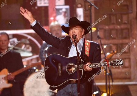 George Strait performs at the conclusion of the 54th annual Academy of Country Music Awards at the MGM Grand Garden Arena, in Las Vegas