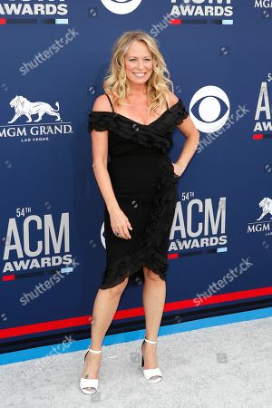Deana Carter arrives for the 54th Annual Academy of Country Music Awards at the MGM Grand Garden Arena in Las Vegas, Nevada, USA, 07 April 2019.