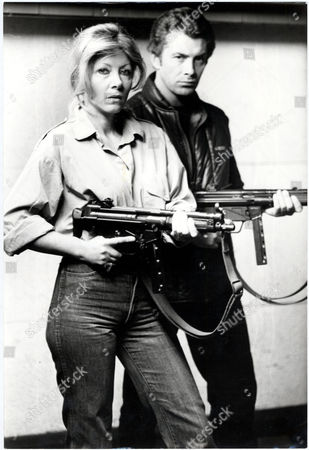 Film Who Dares Wins (1982) Starring Lewis Collins And Ingrid Pitt. . Rexmailpix.