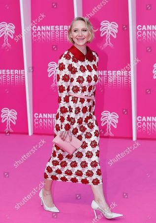 Cast member of 'Bauhaus', German actress Anna Maria Muhe poses on the pink carpet during the Cannes Series Festival in Cannes, 07 April 2019. The event will take place from 05 to 10 April.