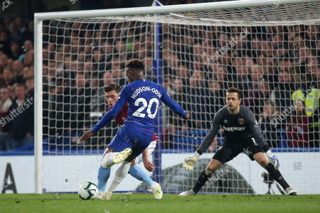 Callum Hudson-Odoi of Chelsea gets ready to take a shot at the West Ham goal during Chelsea vs West Ham United, Premier League Football at Stamford Bridge on 8th April 2019