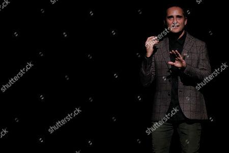 Jorge Drexler performs during his 'Silente' tour at the Nescafe de las Artes Theater in Santiago, Chile, 08 April 2019.