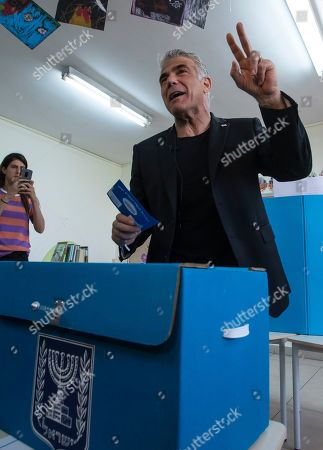 Yair Lapid, the number two on the centrist Blue and White Israeli party, casts his vote in a school during the Israeli general elections in the Ramat Aviv area of Tel Aviv, Israel, 09 April 2019.