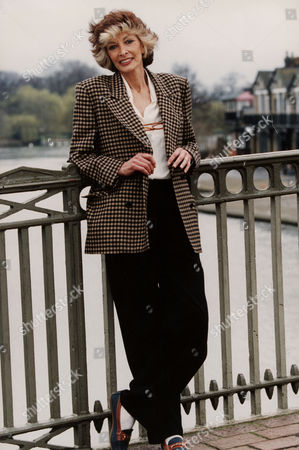 Marti Caine. T.v. Presenter And Comedienne. . Rexmailpix.