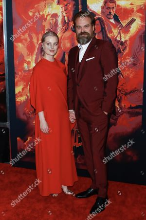 Alison Sudol and David Harbour