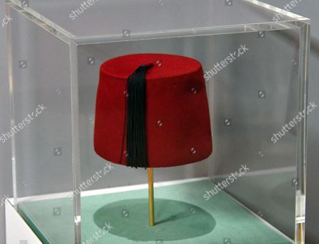 Fez belonging to Tommy Cooper, 20th century at Wellcome Collection Smoke and Mirrors exhibition