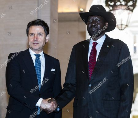 Italian Prime Minister Giuseppe Conte (L) welcomes South Sudan's President Salva Kiir Mayardit, during a meeting at Chigi Palace in Rome, Italy, 10 April 2019. Kiir is in Rome at the head of a delegation that will participate in a 'spiritual retreat' in the Vatican on 10 and 11 April 2019, according to media reports.