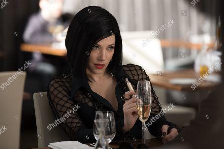 Katheryn Winnick as Vivian