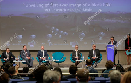 (L-R) Anton Zensus of Max Planck Institute of Radio Astronomy and Chair of the Board of EHT (Event Horizon Telescope), Eduardo Dos of Max Planck Institute of Radio Astronomy, Luciano Rezzolla of Goethe University in Frankfurt, Monica Moscibrodzka of Radboud University in Nijmegen, Heino Falcke, professor at the Radboud University in Nijmegen and Chair of Science Council of the EHT ERC (European Research Council) grantee and EU Commissioner responsible for Research, Science and Innovation Portuguese Carlos Moedas attend the unveiling ceremony of the first image ever of a black hole during a press conference at the European Commission in Brussels, Belgium, 10 April 2019.
