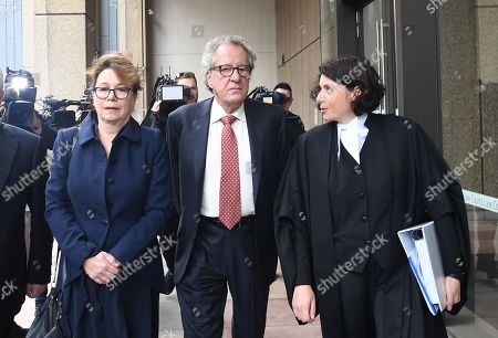 Australian actor Geoffrey Rush (C) arrives at the Supreme Court in Sydney, Australia, 11 April 2019. Australian actor Geoffrey Rush won the defamation case against Australian publisher Nationwide News Limited that accused him of sexual misconduct against Australian actress Eryn-Jean Norvill.