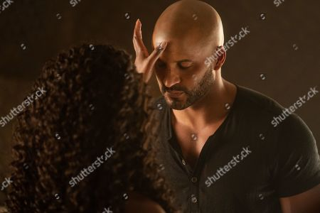 Yetide Badaki as Bilquis and Ricky Whittle as Shadow Moon