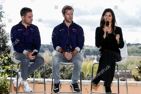 Robin Frijns and Sam Bird of Virgin Racing with Mayor of Rome Virginia Raggi