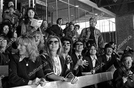 Freddie Mercury, Mary Austin, Brian May, Roger Taylor, John Deacon, John Reid
