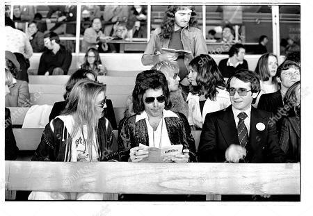 Mary Austin, Freddie Mercury, Roger Taylor, John Deacon