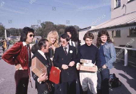 Freddie Mercury, John Deacon, Roger Taylor, Brian May, John Reid, John Francome
