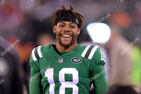 464eac9ec14 New York Jets wide receiver ArDarius Stewart (18) smiles on the sideline  during the