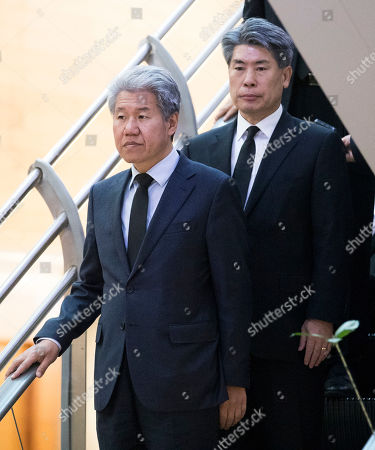 Senior presidential secretaries for policy and economic affairs Kim Soo-hyun (front) and Yoon Jong-won (rear) visit the funeral hall of late Korean Air CEO Cho Yang-ho at Yonsei Severance Hospital in Seoul, South Korea, 12 April 2019. Cho, 70, died on 07 April in the United States, where he had been receiving medical treatment for a chronic lung disease.