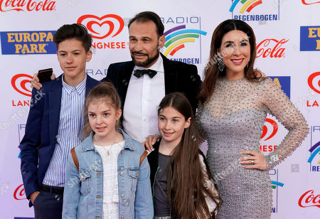 German actress Judith Williams (R) with family attends the Radio Regenbogen Award ceremony in Rust near Freiburg, Germany, 12 April 2019. The Radio Regenbogen Award is one of the most important media awards of the German radio scene.