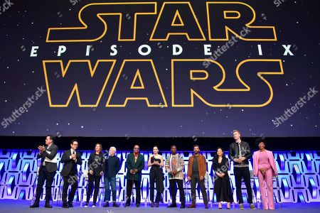 """Stephen Colbert, J.J. Abrams, Kathleen Kennedy, Anthony Daniels, Billy Dee Williams, Daisy Ridley, John Boyega, Oscar Isaac, Kelly Marie Tran, Joonas Suotamo, Naomi Ackie. Stephen Colbert, from left, J.J. Abrams, Kathleen Kennedy, Anthony Daniels, Billy Dee Williams, Daisy Ridley, John Boyega, Oscar Isaac, Kelly Marie Tran, Joonas Suotamo and Naomi Ackie participate during the """"Star Wars: The Rise Of Skywalker"""" panel on day 1 of the Star Wars Celebration at Wintrust Arena, in Chicago"""