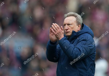 Cardiff City manager Neil Warnock looks dejected at the final whistle