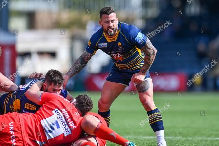 Francois Hougaard of Worcester Warriors in action