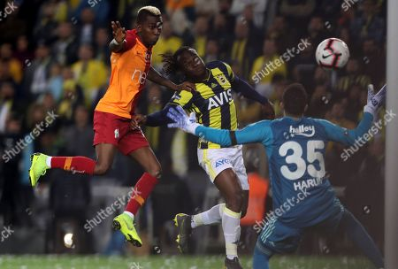 Galatasaray's Henry Onyekuru (L) scores the 1-0 lead against Fenerbahce's Victor Moses (C)  during the Turkish Super League soccer match between Fenerbahce and Galatasaray, in Istanbul, Turkey, 14 April 2019.