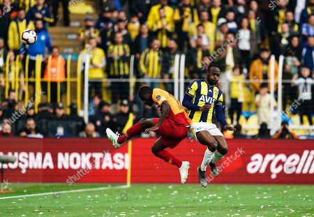 Badou Ndiaye of Galatasaray and Victor Moses of Fenerbache during the Turkish Super Lig match between Fenerbache and Galatasaray at the Åžükrü SaracoÄŸlu Stadium in Istanbul , Turkey