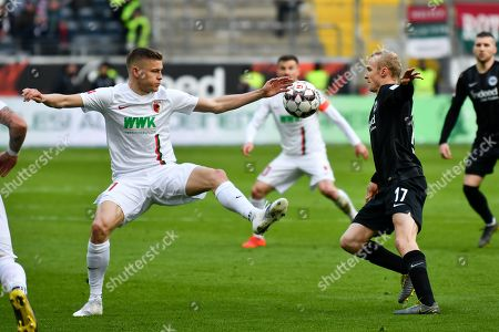 Alfred Finnbogason #27 (FC Augsburg) and Sebastian Rode #17 (Eintracht Frankfurt), Eintracht Frankfurt vs. FC Augsburg, Football, 1.Bundesliga, 14.04.2019,