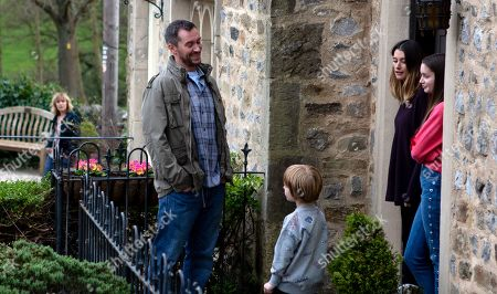 Ep 8455 Tuesday 23rd April 2019 - 2nd Ep As Pete Barton, as played by Anthony Quinlan, leaves Keeper's Cottage, Rhona Goskirk's, as played by Zoe Henry, gutted to see him being friendly with Jack and Sarah from across the street.
