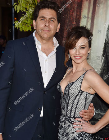 Linda Cardellini, Steve Rodriguez