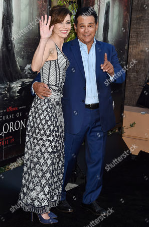 Raymond Cruz and Linda Cardellini