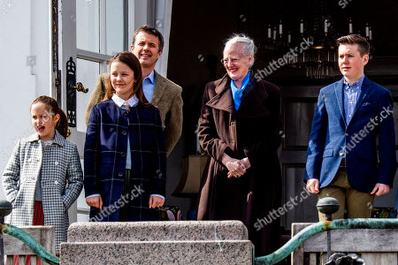 Princess Isabella, Princess Josephine, Crown Prince Frederik, Queen Margrethe II and Prince Vincent