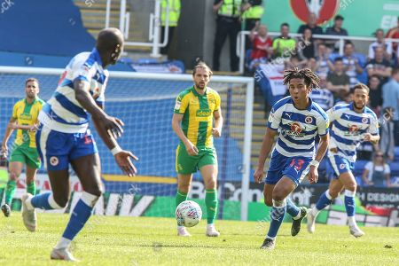 22th April 2019, Madejski Stadium, London, England; Sky Bet Championship, Reading vs  West Brom ; Danny Loader (43) of Reading makes a run with the ball