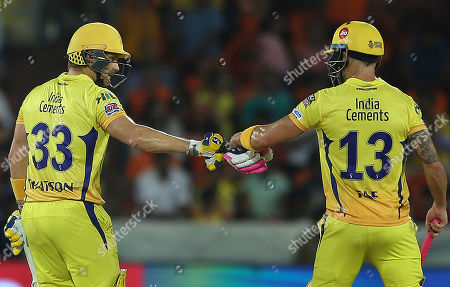 Shane Watson, Faf du Plessis. Chennai Super King's Shane Watson and Faf du Plessis encourage each other during the VIVO IPL T20 cricket match between Sunrisers Hyderabad and Chennai Super Kings in Hyderabad, India