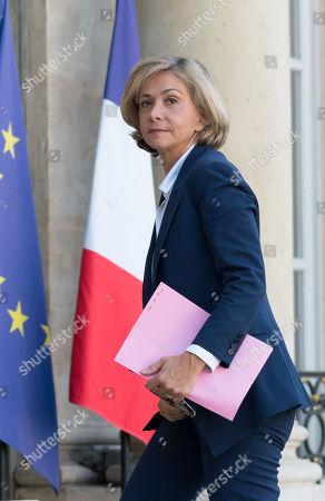 President of Ileana Cabra de France Valerie Pecresse