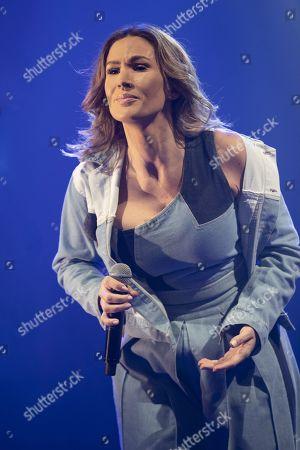 "Vitaa performing her album ""J4M"""