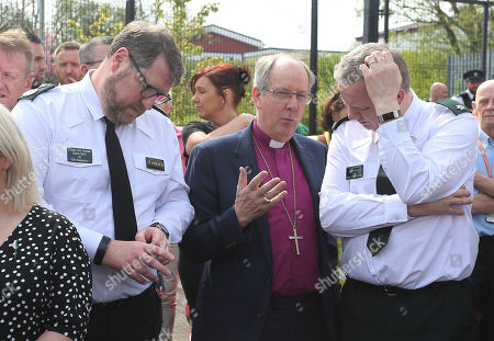 Bishop Ken Good with Deputy Chief Constable Stephen Martin and District Commander Superintendent Alan Hutton. Community vigil held on Fanad Drive, Creggan.