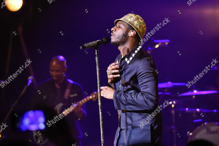 Leon Bridges in concert, Miami