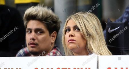 Wanda Nara (R), Inter's Mauro Icardi's wife attends the Italian serie A soccer match between FC Inter and AS Roma  at Giuseppe Meazza stadium in Milan, Italy, 20 April 2019.