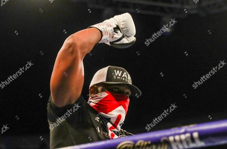 Dereck Chisora beats Senad Gashi on points