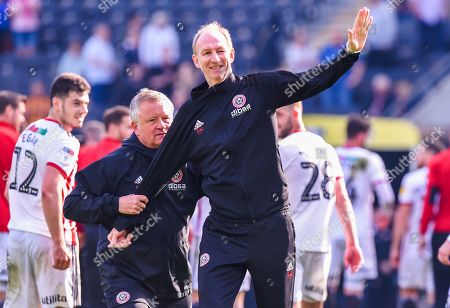Manager Chris Wilder and Alan Knill of Sheffield United celebrates with the fans after the final whistle