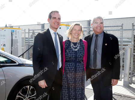 From left to right: Los Angeles Mayor Eric Garcetti, EVgo CEO Cathy Zoi, and Culver City Mayor Thomas Small pose in front of the EvGo Maven charging station during the unveiling of the EvGo Maven network charging stations in Los Angeles, California, USA, 22 April 2019. The Maven charging station is for Maven gig members, and is the first fast charging hybrid network for public and dedicated ride share in the United States.