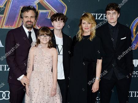 Mark Ruffalo, Sunrise Coigney and family