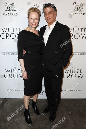 Stock Picture of Laila Robins and Robert Cuccioli