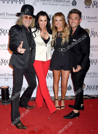 Big Kenny, wife Christiev Carothers, Carly Pearce and Michael Ray