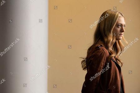 Marin Ireland as Julia Bowman